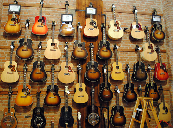 gibson guitar esse music store s n c gibson acoustic